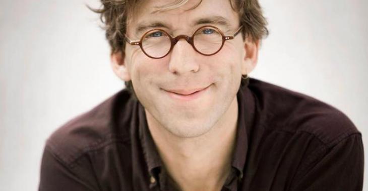 Fred Pellerin reçoit un honneur pleinement mérité, 20 ans après avoir écrit ses premiers contes