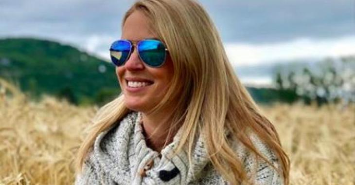De plus en plus enceinte, Anouk Meunier partage de nouvelles photos où elle est resplendissante