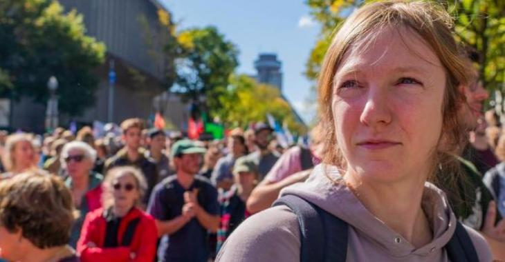 DERNIÈRE HEURE: Catherine Dorion refusée à l'Assemblée nationale parce qu'elle portait un coton ouaté