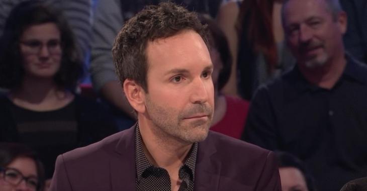 """""""Il a sorti sa queue et l'a collée sur ma cuisse"""": un autre acteur témoigne du comportement d'Éric Salvail"""