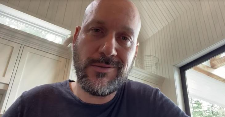 Martin Matte publie une nouvelle vidéo pour narguer ceux qui étaient offusqués par la pub de Maxi