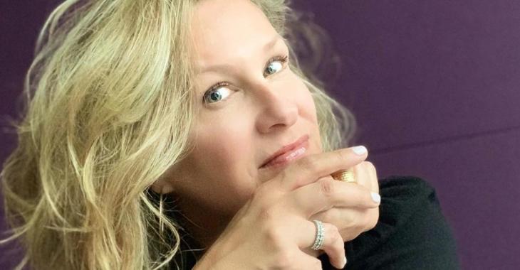 Saskia Thuot publie une photo au naturel et elle est tellement belle sans maquillage