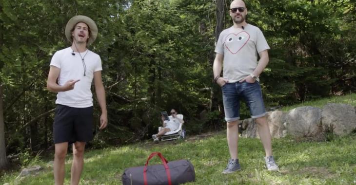 À VOIR: Martin Matte et Julien Lacroix essaient de monter une tente et ça dégénère complètement
