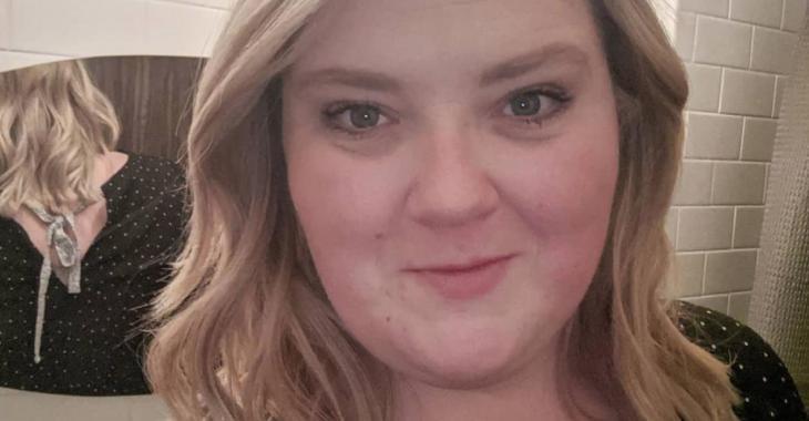 Debbie Lynch-White obtiendra enfin son diplôme d'études aux Fêtes