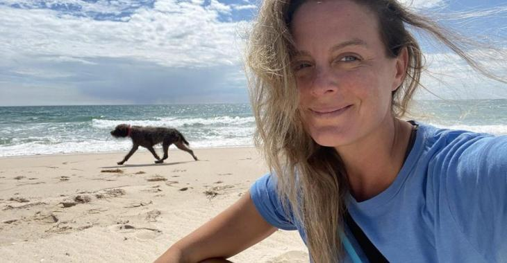 Julie Le Breton publie une première photo sur le plateau des Beaux Malaises et on capote