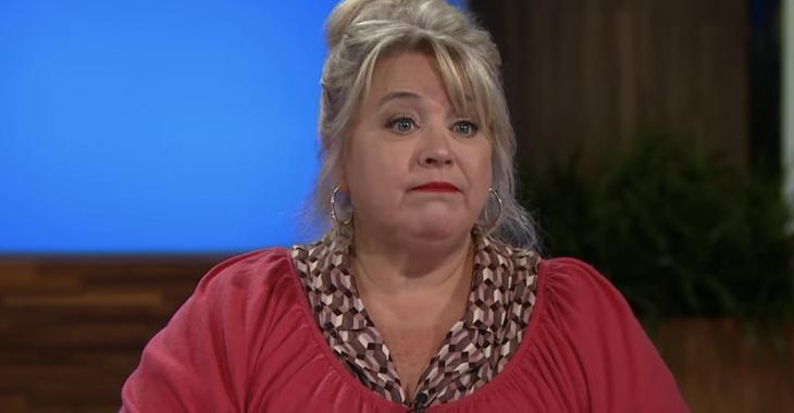 Sonia Vachon, les yeux pleins d'eau, parle avec courage de ses difficultés financières