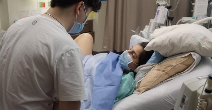 À VOIR: Rafaëlle Roy publie une vidéo de son accouchement et des premiers instants de sa petite Maya
