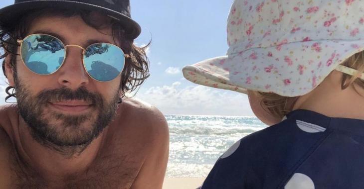Alex Nevsky publie une photo de couple avec Vanessa Pilon et ils sont rayonnants